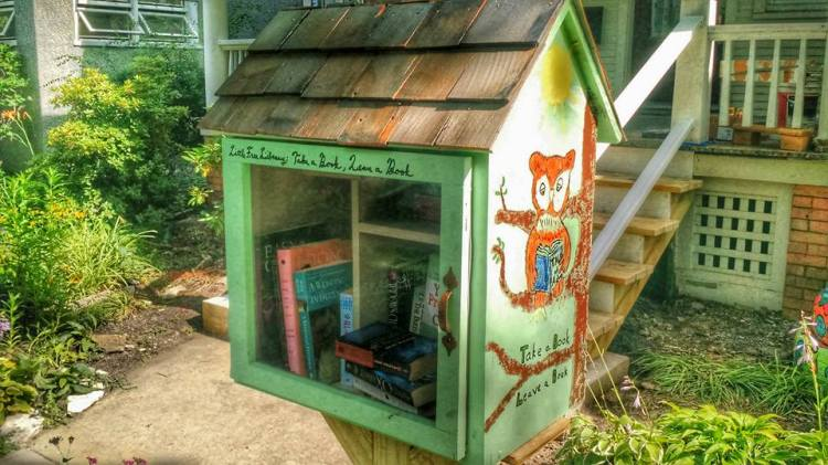 Glenlake Branch Library 1