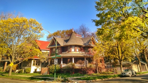 Beautiful Glenlake House