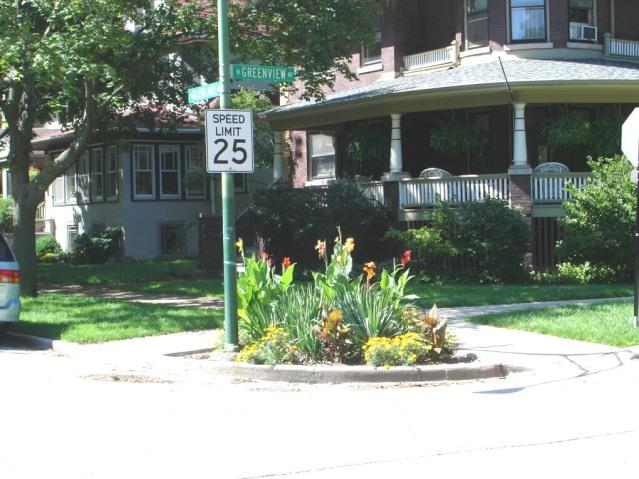 parkway corner